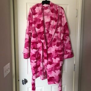 Pink camp plush bathrobe